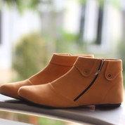 Sepatu Boot Wanita Cokelat/Krem Korea (17021315) di Kota Makassar