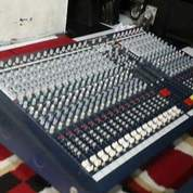 Mixer Soundcraft Lx7ii 24cahnnel