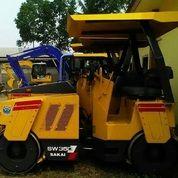 Tandem Roller Sakai Model SW350 Ex Import (17101215) di Kota Jakarta Timur