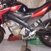 Motor Vixion (2015) Merah