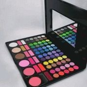 MAC MAKE UP PALLETE 78 COLOURS