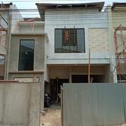 Rumah Baru Di Komplek Hankam, Joglo