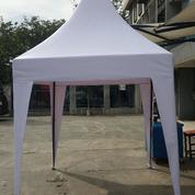 Tenda Kerucut Bahan Ulin Putih Polos (17370555) di Kota Jakarta Barat
