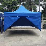 Tenda Lipat Warna Biru Pakai Dinding
