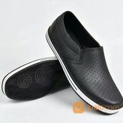 Sepatu Karet Sankyo SAF 1115 Hitam Model Bintik
