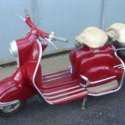 Scooter 150cc 1957, Warna Merah. Kondisi Komplit (17440971) di Kota Bekasi