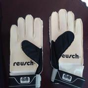 Sarung Tangan Kiper - Goalkeeper Gloves REUSCH - Junior Size 6