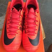 NIke Mercurial Victory RED
