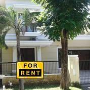 Rumah Sangat Bagus Dengan AC Di Tiap Kamarnya Di Graha Family, Surabaya (17655703) di Kota Surabaya