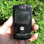 Hape Jadul Motorola V3 Kolektor Item Mulus Normal
