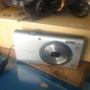 Kamera Digital Canon A2300 (17734179) di Mojolaban