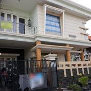 Rumah 2 Lantai Dengan Posisi Hook, Sangat Luas Cocok Untuk Keluarag Besar, Surabaya (17854851) di Kota Surabaya