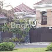 Rumah Langka Mewah, Cukup Luas Cocok Untuk Keluarga Besar, Lingkungan Nyaman, Dan Aman, Surabaya (17882775) di Kota Surabaya