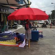 Tenda Payung Parasol Merah