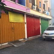 Ruko Siap Huni 3 Lantai, Lokasi Strategis Dekat Dengan Jalan Raya Cocok Utk Usaha, Surabaya (17992707) di Kota Surabaya