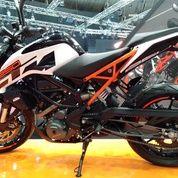 _KTM_motorcycle_ (18024027) di Kota Jakarta Pusat