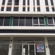 Rumah Mewah Claster Grand Boulevard (18068007) di Kota Tangerang
