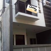 Rumah Murah Minimalis 2 Lantai Hadap Utara, Tanjung Duren Selatan, Jakbar. (18072479) di Kota Jakarta Barat