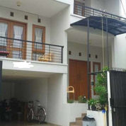 Rumah Minimalis 2 Lantai, BillyMoon, Pondok Kelapa