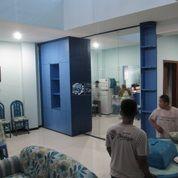 Lemari Storage & Cermin Dinding Besar Ruang Keluarga Agar Tampak Luas (18162727) di Kota Semarang
