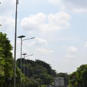 Pake Lampu Jalan PJU Solar Cell Tenaga Matahari 80W Konvensional (18176155) di Kota Jakarta Selatan