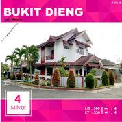 Rumah Hook Di Bukit Dieng Kota Malang _ 218.18 (18222843) di Kota Malang