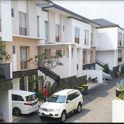 Rumah Mewah Dan Nyaman Dalam TownHouse TB Simatupang Jakarta Selatan (18242987) di Kota Jakarta Timur