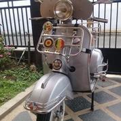 Buat Pecinta Retro Style Vespa Sprint Veloce 1974 (18287895) di Kota Malang