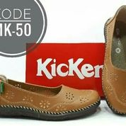Kickers Wanita Flat Shoes (18425771) di Kota Bandung