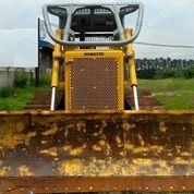 Bulldozer Komatsu D85ESS-2 Tahun 2006 (18463027) di Kota Jakarta Timur