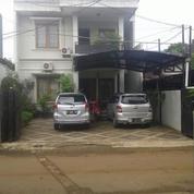 RUMAH DUA LANTAI DI BELAKANG HIGHSCOPE CILANDAK JAKARTA SELATAN (18469303) di Kota Jakarta Selatan