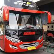 Bus Medium Canter 136 PS