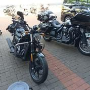 Gaya Dengan Motor Harley Street XG 500 2018 FP AE (18575479) di Kota Jakarta Barat