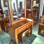 Meja Rias Minimalis Lengkung 2 Laci (18707759) di Kota Jakarta Timur