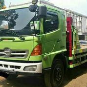 Self Loader Truck Hino Tahun 2006