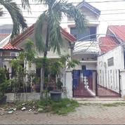 Rumah Lama 1,5 Lantai Kawasan One Gate System Di Araya 2, Surabaya (18827991) di Kota Surabaya