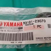 OIL SEAL 93101-23070 Yamaha