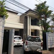 Rumah Di Kemang Jaksel, Semi Modern, Nyaman 4KT 4KM LT500m2 LB 400m2 (18874895) di Kota Jakarta Selatan