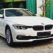 BMW 320i Sedan Sport Luxury 2018