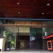 Gedung Kantor Strategis Serbaguna 4 Lantai + Basement Jakarta Pusat (18947679) di Kab. Tangerang