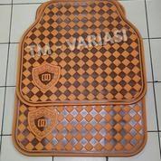 Karpet Mobil Universal Motif DAD Mahkota Garson Kotak Coklat Orange