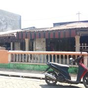 Rumah Tua Pusat Kota Luas Tanah 17 Kali 26 Lokasi Jalan DR Ratulangi