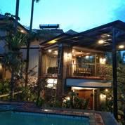 Villa SANGAT BAGUS & MEWAH Berperabot Lengkap Di Bukit Idaman, Bandung (19130875) di Kota Bandung