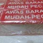 "Stiker ""FRAGILE"" Utk Paket Barang (19195635) di Kota Tangerang"
