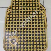 Karpet Mobil Universal Motif DAD Mahkota Garson Kotak Kuning Hitam