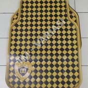 Karpet Mobil Universal Motif DAD Mahkota Garson Kotak Kuning Hitam (19209603) di Kota Jakarta Pusat