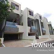 NEW TOWNHOUSE Mewah, Baru, Dan Siap Huni Di BIDAKARA (19268939) di Kota Jakarta Selatan