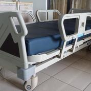 Alat-Alat Kesehatan Seken (3 Tahun Pemakaian) Borongan/Eceran (19414271) di Kota Denpasar