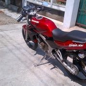 ":Ninja R 2013 Surat"" Lengkap + Faktur Pajak Hidup Mesin Full Ori Service Rutin (19463275) di Kota Semarang"