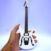 Miniatur Gitar Ibanez PGM3 Paul Gilbert Signature (19501563) di Kab. Madiun